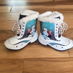 Girls size 12.  Anna and Elsa snow boots.